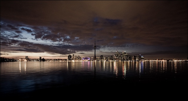 An unhappy day for the city of Toronto, copyright ©2009 sam javanrouh